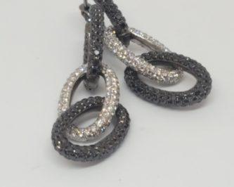 Diamanti bianchi e neri